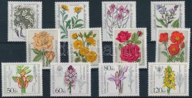 1982-1984 Flower motives 3 sets 1982-1984 Virág motívum 3 klf sor