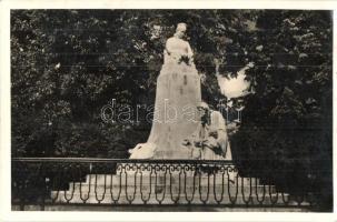 Roznava, monument, Rozsnyó, Franciska szobor
