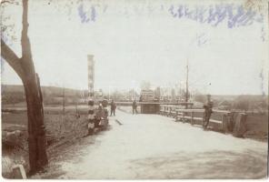 ~1900 Német-osztrák határ katonákkal / Austro-German border with solders, photo (fl)