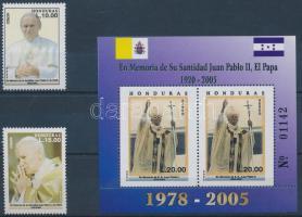 In memory of Pope John Paul II. set + block, II. János Pál pápa emlékére sor + blokk