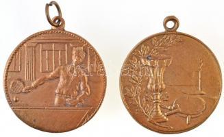~1940. 2db aranyozott fém asztalitenisz díjérem füllel, egyik LUDVIG gyártói jelzés (30mm) T:2,2-