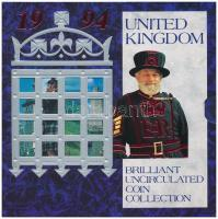 Nagy-Britannia 1994. 1p-2Ł (8xklf) forgalmi sor karton díszcsomagolásban, közte 1994. 50p Cu-Ni Normandiai partraszállás 50. évfordulója, 2Ł Ni-sárgaréz Bank of England 300. évfordulója T:BU Great Britain 1994. 1 Penny - 2 Pounds (8xdiff) coin set in cardboard case, including 1994. 50 Pence Cu-Ni 50th Anniversary of Normandy Invasion, 2 Pounds Ni-Brass 300th Anniversary - Bank of England C:BU