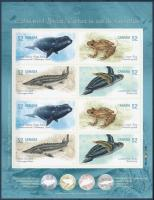 Endangered animals stamp foil with imperforated self-adhesive stamps, Veszélyeztetett állatok bélyegfólia vágott öntapadós bélyegekkel
