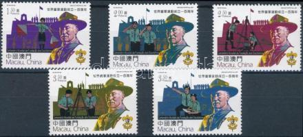 Scout set 100 éves a cserkészmozgalom sor