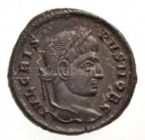 Római Birodalom / Siscia / Crispus 320-321. AE Follis (2,88g) T:2 Roman Empire / Siscia / Crispus 320-321 AE. Follis IVL CRIS-PVS NOB C / CAESARVM NOSTRORVM - VOT V - ASIS* (2,88g) C:XF RIC VII 161.
