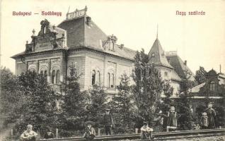 Budapest XII. Svábhegy, Nagy szálloda, gyógyszertár, vasúti sínek gyerekekkel