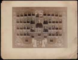 1930 Eger, a Dobó István Reáliskola tanárai és végzett növendékei, kistabló 44 nevesített portréval, 17x23 cm , karton (sérült) 25x32 cm