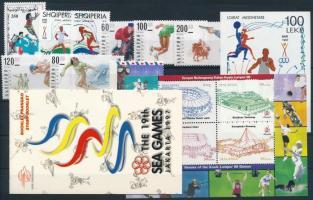 Sport 1 stamp-booklet + 2 sets + 2 blocks + 2 stamps, Sport motívum 1 bélyegüzet + 2 klf sor + 2 klf blokk +2 klf önálló érték