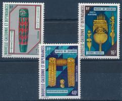 Nouméa Museum exhibition objects set, A Nouméa Múzeum kiállítási tárgyai sor