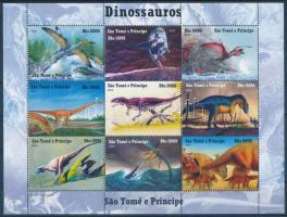 Prehistoric animals: dinosaurs, Ősállatok: dinoszauruszok