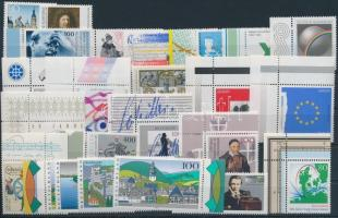 24 klf corner, margin stamps, 24 klf bélyeg, közte többnyire ívsarki és ívszéli értékek