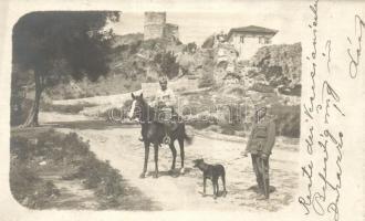 Durres, Durazzo; Venezianisch Befestigung / castle, soldiers with horse and dog. photo (fl)