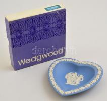 Wedgwood biszkvit szív alakú tálka, jelzett, hibátlan, eredeti tokban, 11×10 cm