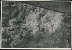 cca 1934 Kinszki Imre (1901-1945) budapesti fotóművész pecséttel jelzett, Tavaszi zuhatag c. vintage alkotása, 16x11 cm