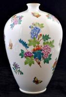 cca 1920 Herendi Viktória mintás díszváza, kézzel festett, jelzett (koronás), hibátlan, m: 36 cm /  cca 1920 Herend porcelain Queen Victoria vase, handpainted, with hallmark (with crown), in flawless condition, h: 36 cm