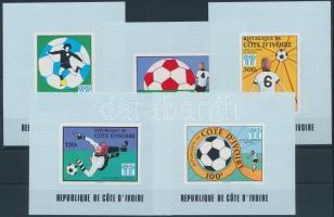 Sport; football set in blockform, Sport; labdarúgás sor blokk formában