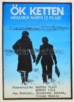 1977 Hont-Varsányi Ferenc (?-?): Ők ketten, filmplakát, rendezte: Mészáros Márta, hajtásnyommal, 79x57 cm