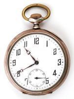 Art Deco dupla ezüst fedeles zsebóra, aranyozott és vésett tokkal, Működő, jó állapotban. / Silver pocket watch. Works well. d:5 cm