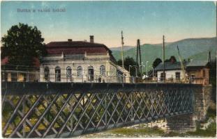 Ruttka, Vrutky; Vasúti híd, sorompó, Kávéház és vendéglő, étterem / railway bridge, barrier, café, restaurant (EK)