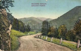 Szklenófürdő, Sklené Teplice; út / road (EB)