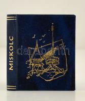Miskolc város két rendezési terve. Szerk.: Kovács Mihály. Miskolc, 1984, Miniatűr Könyvgyűjtők Klubja. Kiadói műbőr kötés. Számozatlan példány. Kereskedelmi forgalomba nem került. Jó állapotban.