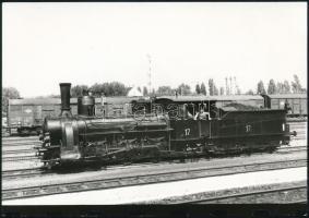 1993 Régi mozdony pályaudvaron, fotó, 13×18 / locomotive