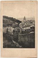 Trencsén, Trencín; várfal és templom. Fényképezte Bohumil Vavrousek / castle wall and church. (Rb)