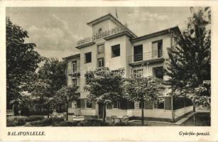 Balatonlelle, Gyárfás szálloda és penzió