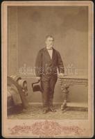 cca 1876 Kozmata Ferenc budapesti műtermében készült kabinetfotó, 16x11 cm