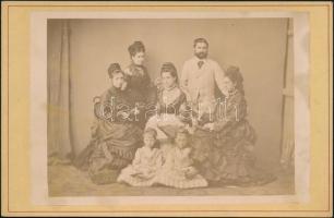 cca 1869 Feliratozott csoportkép kabinetfotó méretben, a Repeczky, Tahy, Lipcsey családok számára családtörténeti jelentőségű lehet, 10,5x16,5 cm