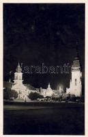 Nagykőrös városháza, tanítóképző, Református templom, éjjel