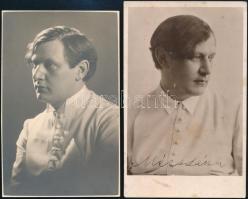 cca 1935-1940 Mécs László (1895-1978) költő, 2 db fotólap, egyik aláírt, 14×8,5 cm