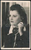 Turay Ida (1907-1997) színésznő aláírása őt ábrázoló fotólapon