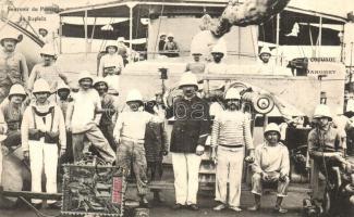 Cotonou, Souvenir du Passage du Dupleix / group picture with the crew of a ship, on board