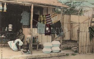 Aboisso, Boutique dun traitant / Dealer shop, African folklore