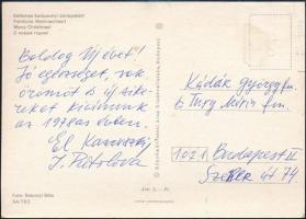 El Kazovszkij (1948-2008) Kossuth-díjas festőművész, grafikus, díszlet- és jelmeztervező saját kezű sorai és aláírása egy a tanárának Kádár György (1912-2002) Kossuth-díjas festő, grafikus, főiskolai tanár részére küldött képeslapon.