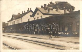 Ruttka, Vrútky; Stanica / vasútállomás, étterem. Kiadja L. Kramer / Bahnhof / railway station, restaurant