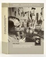 Pallai Sándor: Ötvösség, nemesfémipar, divatékszer készítés. Ipari szakkönyvtár. Bp., 1983, Műszaki Könyvkiadó. Negyedik, bővített kiadás. Kiadói kartonált papírkötésben, jó állapotban.