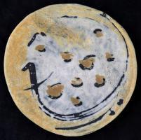 Gorka Lívia (1925-2011): Gyöngytyúkos fali tál. Kézzel festett festett mázas kerámia, jelzett, apró mázhibákkal, d: 28 cm