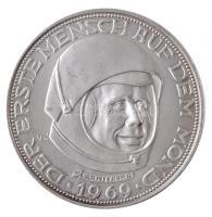 1969. 20 Lunare Az első Holdpénz jelzett Ag fantáziaérme (24,8g/1.000/40mm) T:1- 1969. 20 Lunare The first Moon coin hallmarked Ag fantasy coin (24,8g/1.000/40mm) C:AU