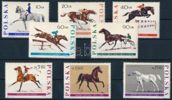 Horse set, Lovak sor