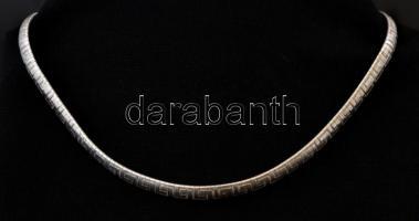 Ezüst(Ag) masszív meandermintás kígyó nyaklánc, jelzett, h: 40 cm, nettó: 26,7 g