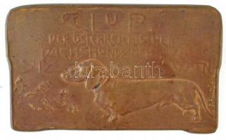 1927. Osztrák Tacskó Klub Br emlékplakett, hátoldalán gravírozva Budapest 1927. május 29-30. Szign.: F. KOUNITZKY (72x43mm) T:2