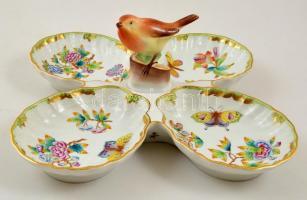 Herendi Viktória mintás madarasa kínáló, kézzel festett, jelzett, apró festék kopással, 35×36 cm, m: 12,5 cm