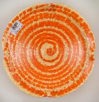 Iparművészeti Vállalatos Gorka tál, festett mázas kerámia, jelzett, apró kopásnyomokkal, d: 28,5 cm