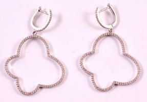 Ezüst(Ag) apró kövekkel díszített fülbevalópár, jelzett, 5,5×3,6 cm, nettó: 9 g