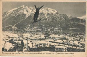Sprung von der grossen Olympiaschanze mit Blick auf Kramer und Garmisch-Partenkirchen / Jump from the big Olympic ski jump, winter sport (EK)
