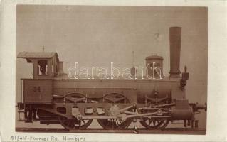 Alföld-Fiumei Vasút 34. sz. gőzmozdonya. Gőzmozdony Szaklap kiadása / Locomotive of the Alföld-Rijeka Railways. photo (EK)