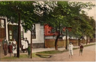 Kiskunlacháza, Gazsó Gábor kereskedése, utca