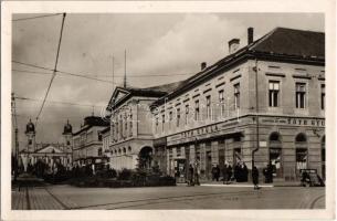 Debrecen, Ferenc József út, Városháza, Tóth Gyula és Bór István üzlete, sorsjegy áruda, drogéria